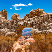Peek-a-boo - Bryce Canyon